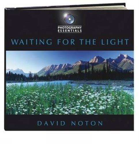 Photography Essentials Waiting For The Light (EPUB)