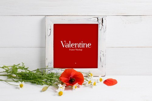 PSD Mock-Up - Valentine Red Poppies With Frame