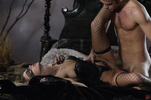 seks-v-maskah-porno-video